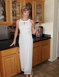 Elegant lovely Liz Sophia drops her gown