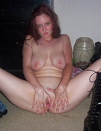 Tattooed alternative wife cums many times from lesbian oral