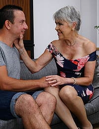 Naughty mature slut doing her loverboy