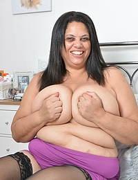 Naughty British BBW having fun with her toy