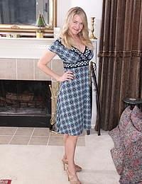Naughty Blonde American housewife getting wet