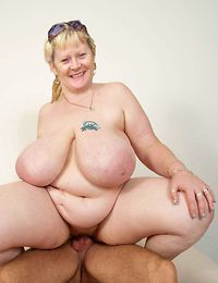 Old granny spreads legs for hunky neighbour