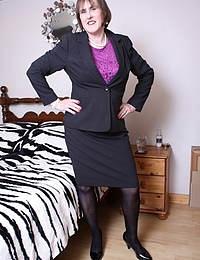 British naughty mature lady feeling horny