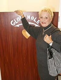 Granny loves whats peeping through the gloryhole