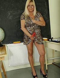 This teacher wants some young and fresh cum