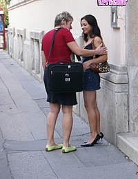 Mature slut gets really kinky with a lesbian teen
