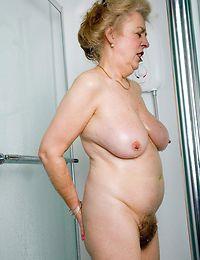 Blonde hirsute granny outdoor anal