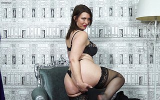 Horny British MILF carryingon there yourself