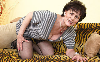 Tainted adult lsut playing with herself
