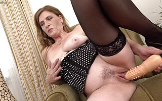 Xrated housewife mill her wet pussy with her favorite toys