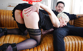 Sexy French Milf sucks a heavy cock coupled with takes ham something their way pest