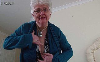 Beamy breasted British granny playing with herself