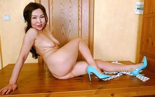 Naughty Asian mature slut fucking her ass retire from