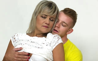 Sweltering mature lady fucking and sucking her toy boy