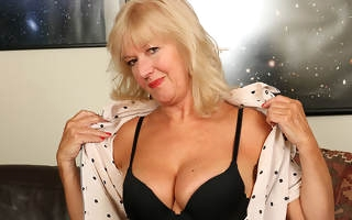 Horny housewife getting mortal physically dishevelled and uninhibited