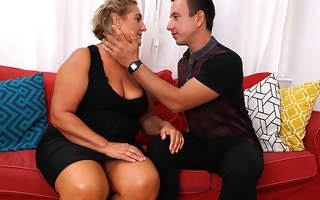 Chubby mature slut fucking will not hear of trifle boy