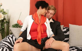 Horny housewife fucking strapping young houseservant
