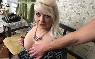 Chubby mature slut fucking in POV affiliated to