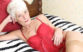 Naughty British mature lady playing peerless