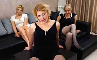 Three mature ladies getting full lesbian heavens eachother
