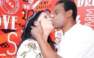 Powered housewife fucking and sucking her black boyfriend