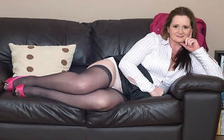 Naughty housewife playing anent her trifle
