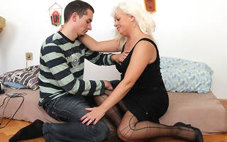 Naughty Blonde old woman getting fucked hard