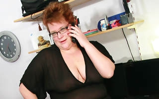 Horny chubby mama bringing off dirty games