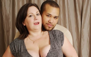 British bigtitted housewife sucking and gender