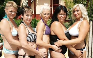 Five old and young lesbians go wild at the conjoin