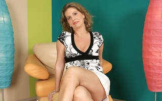 This sexcrazed housewife goes wet on her chair