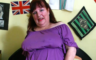 Naughty chubby mature old bag playing nigh her pussy