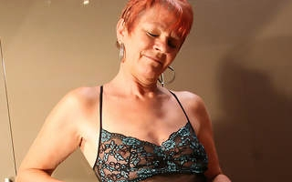 redhot mature battleaxe playing with personally