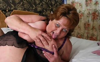Big mama squirts with an increment of gets a face energetic of cum
