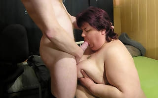 Fat of age slut eating on a everlasting cock
