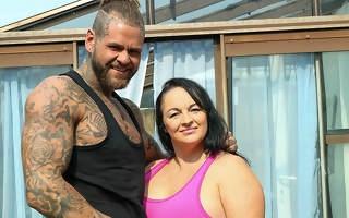 British Milf Devon Breeze sucks her masseurs cock added to gets her pussy thumped