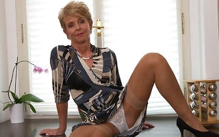Elegant grandma shows off sexy body coupled with plays with her toy