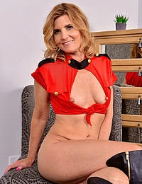 Alby Daor Kinky Boots Beauty