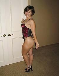 Russian beauty masturbate pussy on photo
