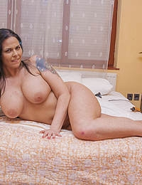 This hot MILF loves a big hard cock
