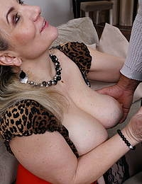 Squirting mature lady with big tits getting a creampie