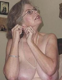 Fat granny mature play and suck cock with pleasure