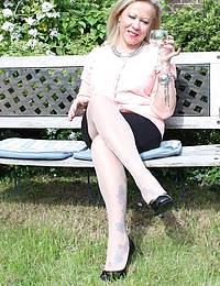 Naughty Biritish housewife getting dirty in the garden